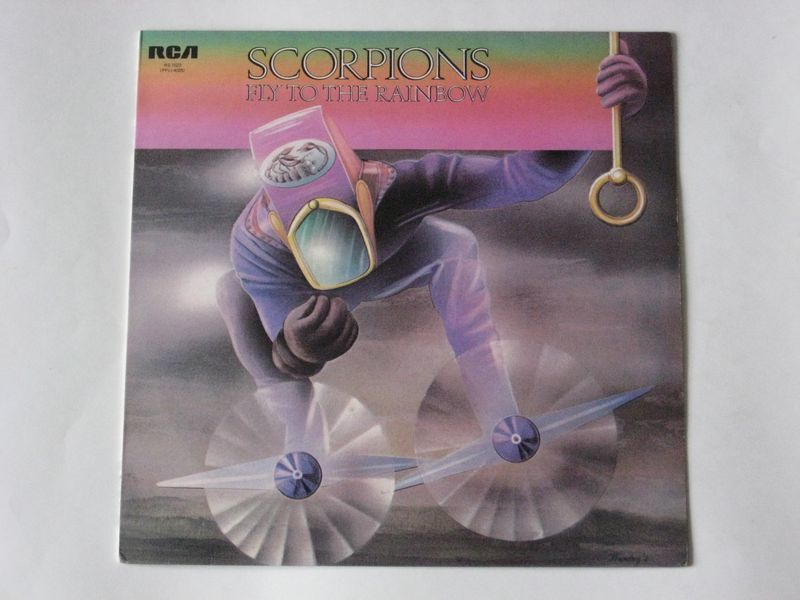 Scorpions / Fly To The Rainbow (LP)